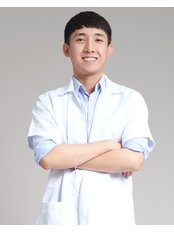 Mr Yong  Hok Nian - Physiotherapist at Spine, Sports, Stroke Specialist Centre, Subang Jaya