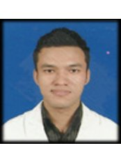 Dr Om Disti - Physiotherapist at united physio and fitness clinic
