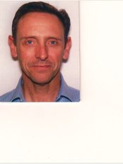 Thames Way Physio Waterfield - Mr David McConnon