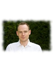 Mr Jonathan Smith - Physiotherapist at Thorpes Physiotherapy & Sports Injury Clinic - Sandhurst