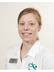 Mrs Helen Antram - Physiotherapist at Thorpes Physiotherapy & Sports Injury Clinic - Sandhurst