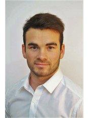Comfort Health - Matt Comfort - Chartered Physiotherapist