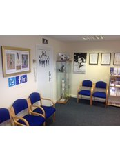 Weaver Physiotherapy & Sports Injury Clinic - reception area