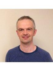 Mr Ceri Jones - Physiotherapist at Spine & Sports Physio