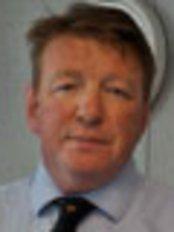 James Davis - Physiotherapist at James Davis Physiotherapy - Brentwood
