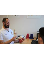 Mr Gareth Tremain - Physiotherapist at The Independent Physiotherapy Service - Cardiff