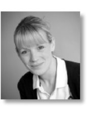 Ms Paula Stephens - Physiotherapist at Loughborough Physiotherapy and Sports Injuries Clinic