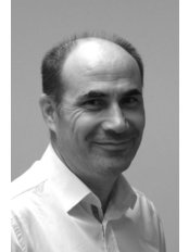 Mr Nevzat  Yuksel - Physiotherapist at Loughborough Physiotherapy and Sports Injuries Clinic