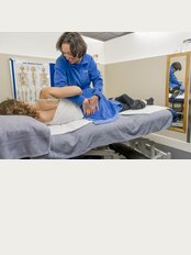 Clinic4Sport - Chiswick - Hartington Rd, Roko Health Club Chiswick Bridge, London, W4 3UH,
