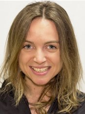 Miss Joanna Zach - Physiotherapist at Complete Physio - Broadgate Physiotherapy Clinic