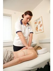 Oakwood Physiotherapy Clinic - 93-95 Green Road, London, N14 4AP,  0