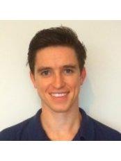 Mr Denis Murphy - Physiotherapist at Cobham and Weybridge Physiotherapy