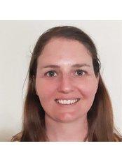 Mrs Sarah Engelbrecht - Physiotherapist at Prophysiotherapy - Wimbledon