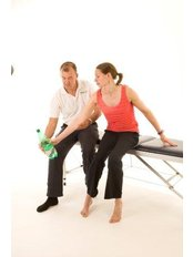 Physiotherapist Consultation - PhysioFunction Northampton