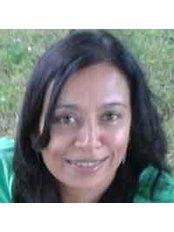 Ms Hina Patel - Physiotherapist at Hallam Physiotherapy