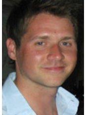 Newcastle Physiotherapy - Mr Darren Wigg