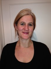 Ms Helen Roberts - Physiotherapist at Cranfold Physical Therapy Centre - Grove House
