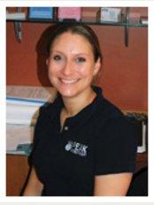 Peak Physiotherapy - Garforth - Sarah Joice