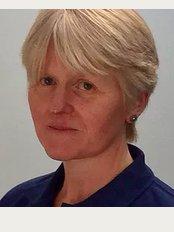 Fiona Thorne Chartered Physiotherapist specialising in Craniosacral Therapy and Trauma - Brinkworth House, Brinkworth, Brinkworth Nr Chippenham, Wiltshire, SN15 5DF,