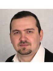 Dr Nik Gkampranis - Consultant at Onemed Medical Centre Brighton & Hove