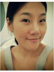 Dr Jaruwan Sakulku DPsych (Clin) - Counsellor at Bangkok Counselling Service