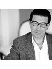 Dr. Vicente Beltrán Martínez - Medical Aesthetics Clinic in Spain