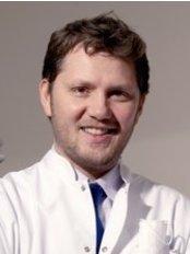 Dr. Melih Şengül - Zahnarztpraxis in der Türkei