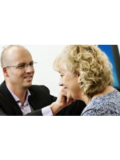 Steven Hale Hearing - Ear Nose and Throat Clinic in the UK