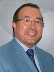 Dr Ronald Pino - Plastic Surgery Clinic in Costa Rica