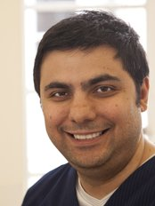 Brighton White Dental Studio - Dr Arash Jafari