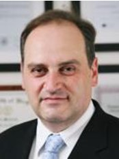 Dr. Konstantinos Papakonstantinou - Plastic Surgery Clinic in Greece