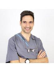 Marín Garcia - Dental Clinic in Spain