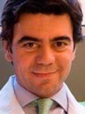Dr. Alfredo Bacelar - Clinica Oftalmologica - Eye Clinic in Portugal