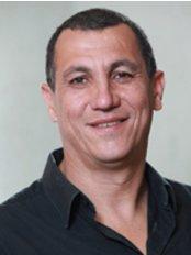 Dr. Ronnie Kolermans Dental Clinic - Ms Ronnie Kolerman