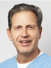 Dr. George Makris - Dental Clinic in Greece