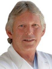 Prestige Cosmetic Surgery - David L.J. Wardle, MD - Plastic Surgery Clinic in Canada