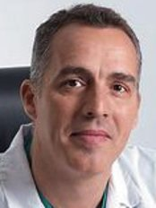 Oscar Cubas Sánchez - Plastic Surgery Clinic in the