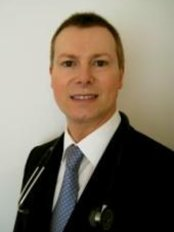 Dr Griffiths - FUE Hair Transplants - Dr Peter Griffiths