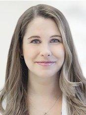 Dr Sheina Macadam - Plastic Surgery Clinic in Canada