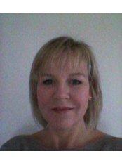 Helens Aesthetics - Providing Dermal Filler
