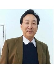 Dr Vu Thanh Dong - Plastic Surgery Clinic in Vietnam