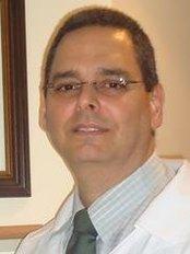 Roberto Ribeiro de Castro Junior - Cirurgia Plást - Plastic Surgery Clinic in Brazil