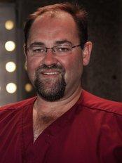 K3 Cosmetic Dental Studio - Dr Ernst Schubert