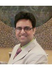 Raj Derma Clinic - Dr. Rajeev R. Srivastav