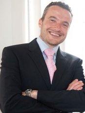 Dr. Benoit Hendrickx - Plastic Surgery Clinic in Belgium