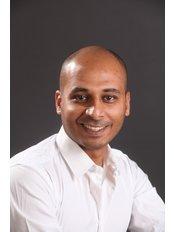 Osteopathy Clinic - Dr. Karim El-Arabi