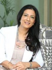 AAYNA Clinic - Dr. Simal Soin