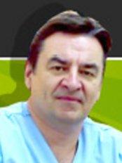 Dr. Oleg Syrchin - Клиника акушерства и гинекологии На Кипре