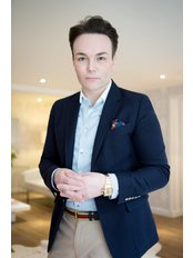 Dr Darren McKeown - London - Medical Aesthetics Clinic in the UK