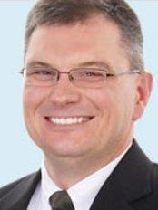 Dr Kamelchuk - Dental Clinic in Canada